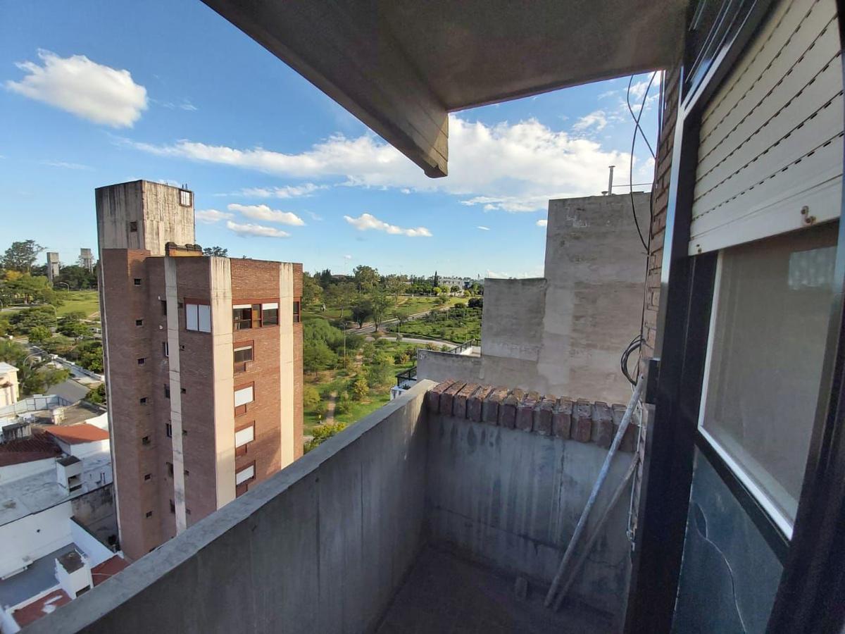 Foto Departamento en Alquiler en  Nueva Cordoba,  Capital  Independencia al al 1400