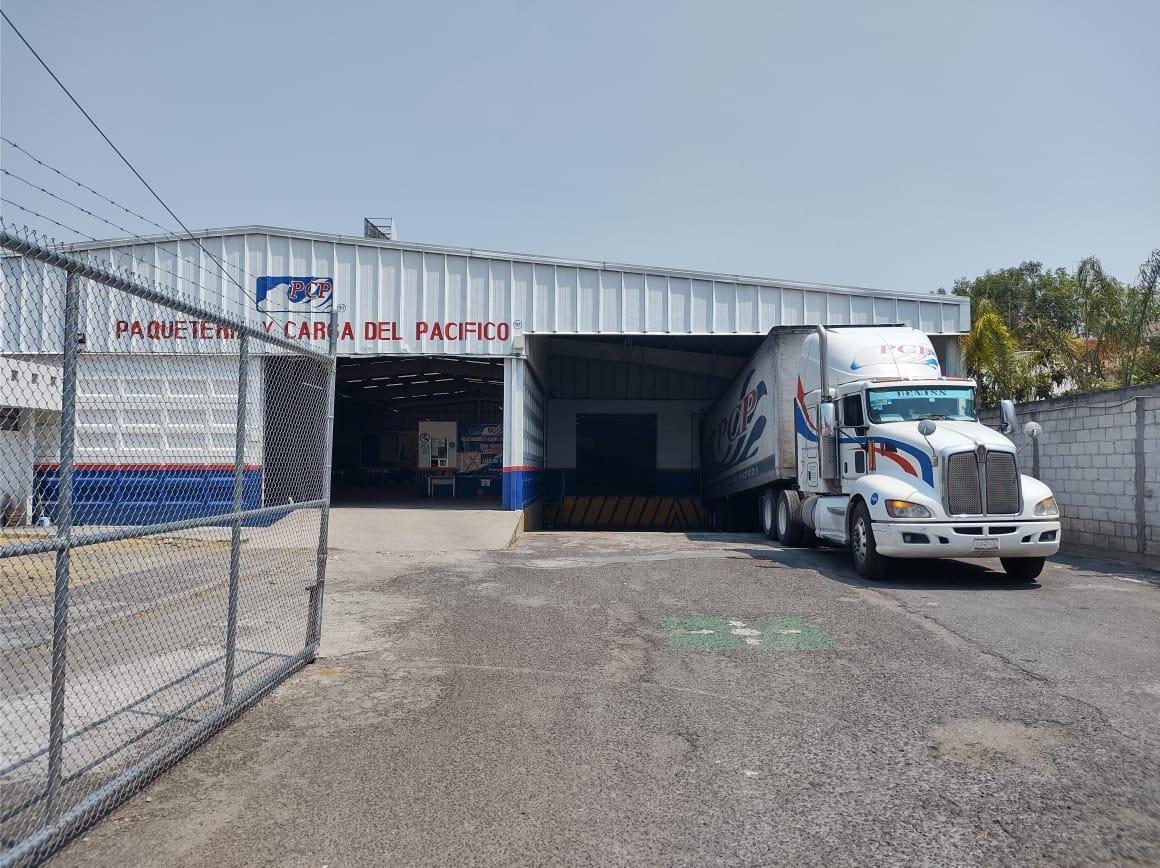 Foto Nave Industrial en Renta en  Puebla de Zaragoza ,  Puebla  Renta de nave industrial céntrica, andenes, acceso a trailer