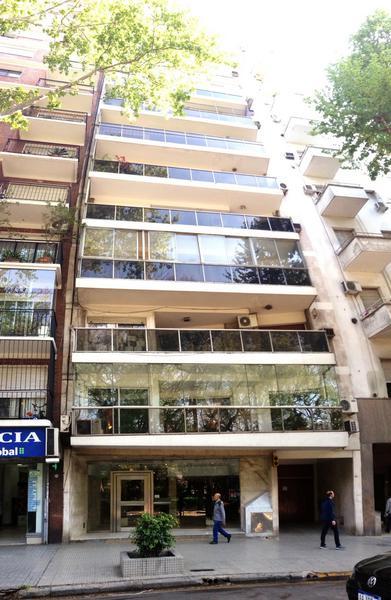 "Foto Departamento en Alquiler en  Botanico,  Palermo  Avda. Sta. Fe 3.946, 1º ""C"" e/Armenia y Gurruchaga. Frente a Plaza Italia"