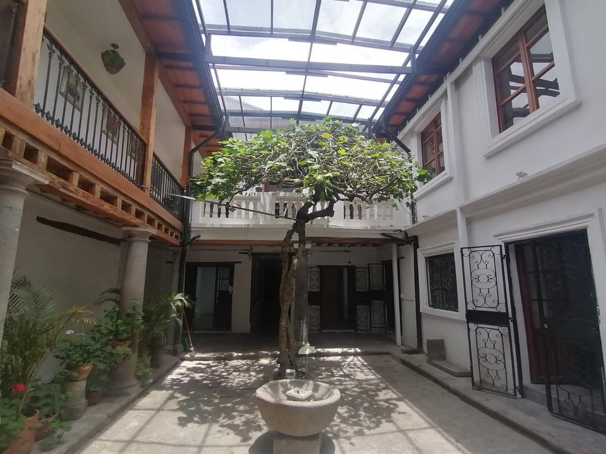 Foto Local Comercial en Alquiler en  Centro de Quito,  Quito  GARCIA MORENO
