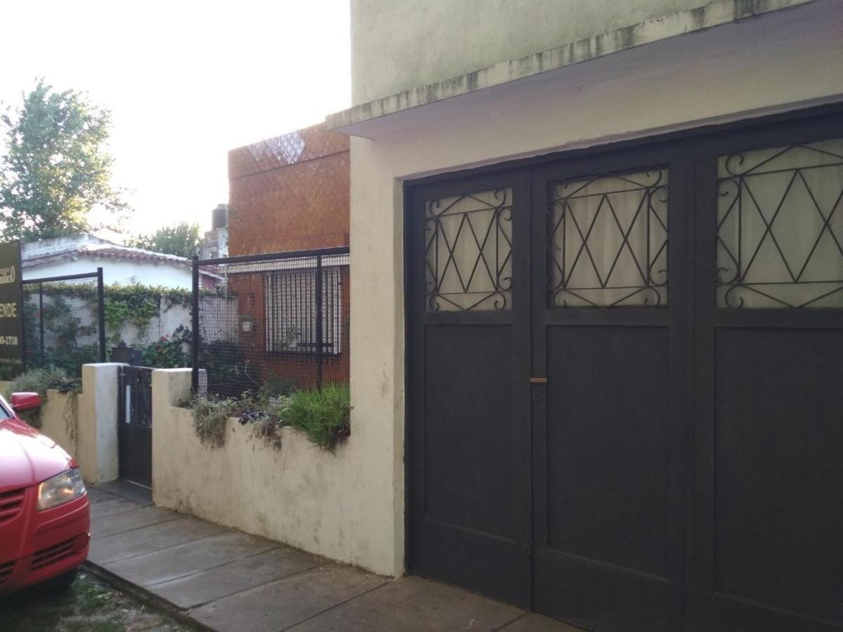 Foto Casa en Venta en  City Bell,  La Plata  456 e/ belgrano y 24