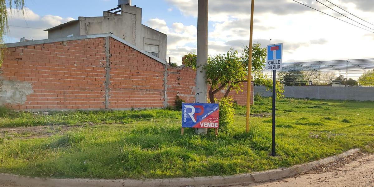 Foto Terreno en Venta en  Gualeguaychu ,  Entre Rios  Velez Sarfield y Cervantes