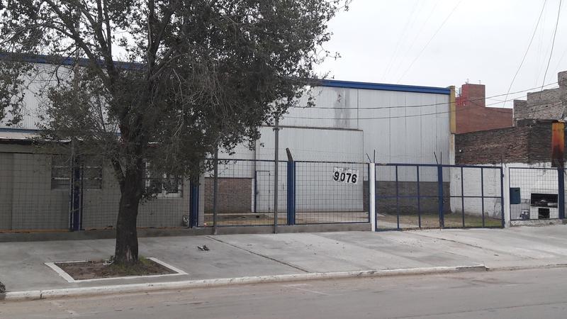 Foto Galpón en Venta en  Rosario,  Rosario  Juan Pablo II al 9000