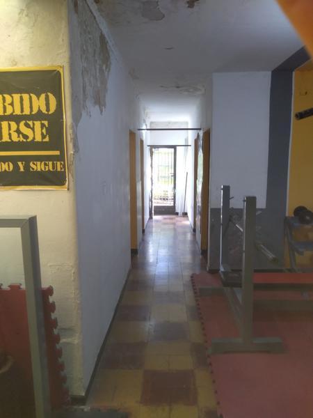 Foto Local en Venta en  San Miguel De Tucumán,  Capital  Las Piedras al 2000