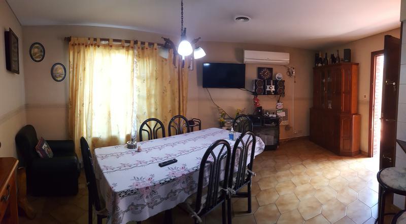 Foto Casa en Venta en  Moron Sur,  Moron  Alcalde Rivas 413. Moron