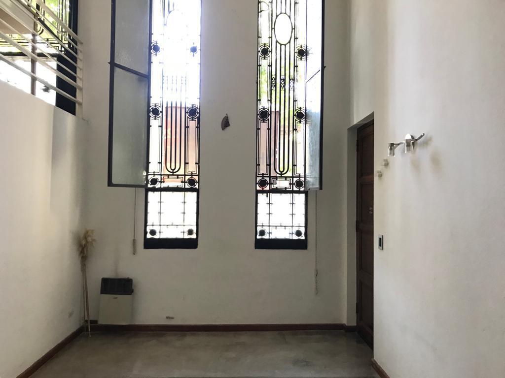 Foto PH en Alquiler en  Villa Crespo ,  Capital Federal  Serrano al 1100