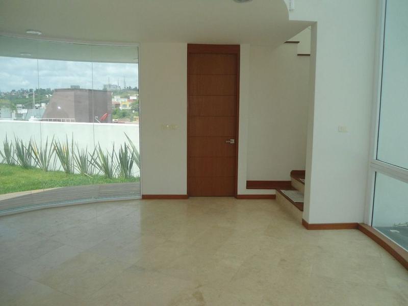 Foto Casa en Renta en  Fraccionamiento Residencial Monte Magno,  Xalapa  SE RENTA HERMOSA CASA 3 REC ZONA RESIDENCIAL XALAPA VER.,
