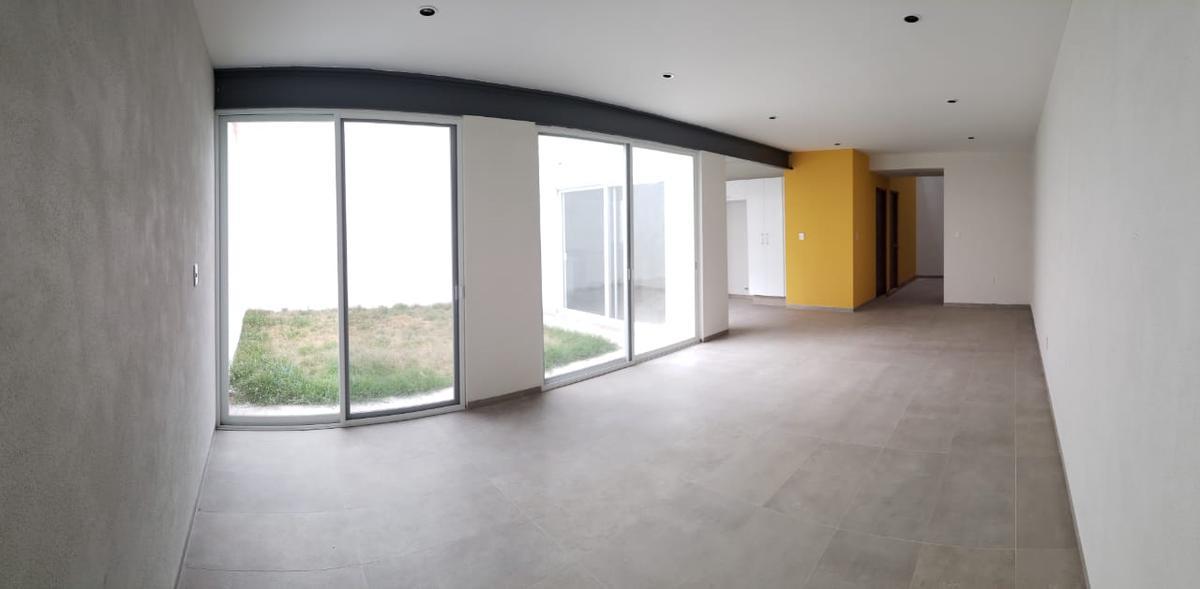 Foto Casa en Venta en  Monterra,  San Luis Potosí  MONTERRA ORIENTE