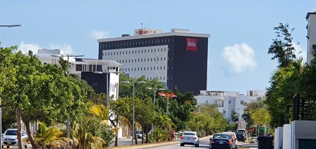Foto Departamento en Renta en  Supermanzana 12,  Cancún  Condominio La Loma, Supermanzana 12, Departamento en Renta de 3 Recámaras  Avenida Acanceh Cancún Quintana Roo