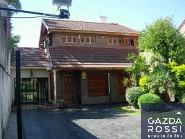 Foto Casa en Alquiler en  Monte Grande,  Esteban Echeverria  rivadavia al 1000