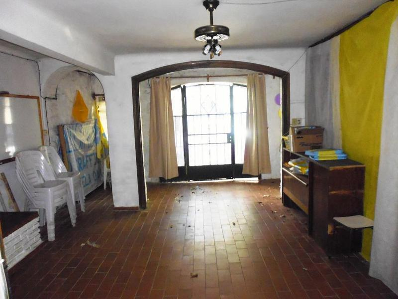 Foto Casa en Venta en  Pocitos ,  Montevideo  SANTIAGO VAZQUEZ próx. AV. BRASIL