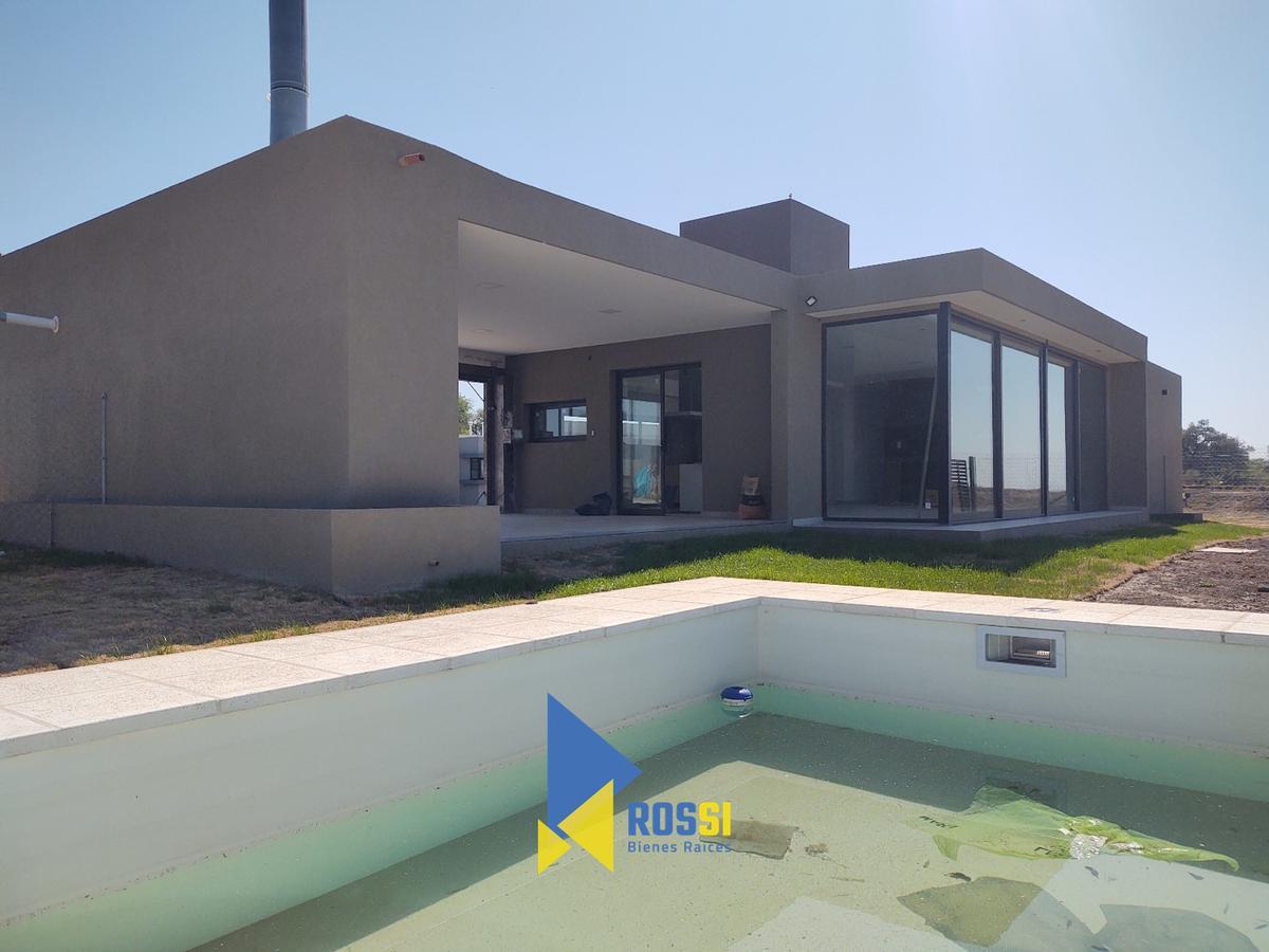 Foto Casa en Venta en  Siete Soles,  Cordoba Capital  Siete Soles Parterres Mza 81 Lote 7