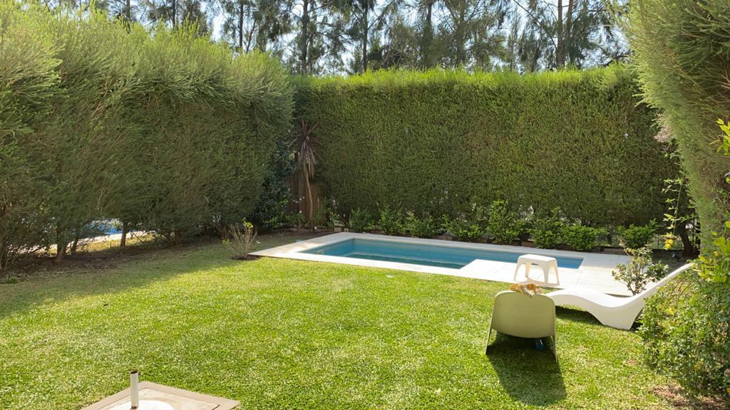 Foto Departamento en Venta    en  Chateau del Palmar,  El Palmar  Venta 2 amb planta baja con jardin y piscina Chateau Nordelta