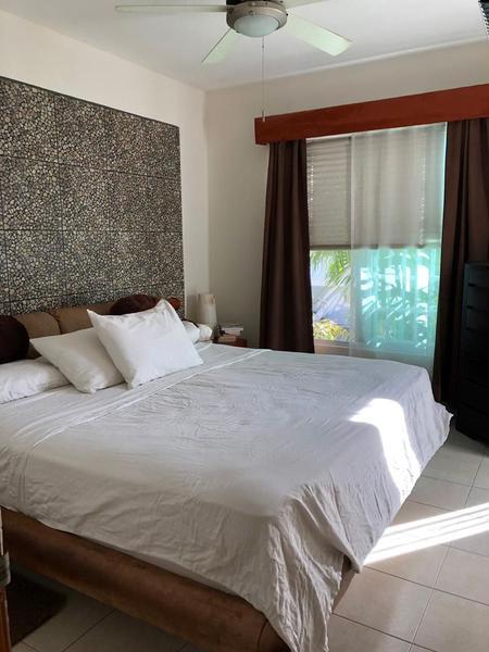 Foto Casa en Venta en  Supermanzana 312,  Cancún  CASA EN VENTA EN CANCUN EN AVENIDA HUAYACÁN EN FRACCIONAMIENTO ISLA AZUL
