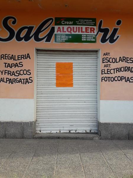 Foto Local en Alquiler en  Villa Regina,  General Roca  SALON C/ GDOR. CASTELLO