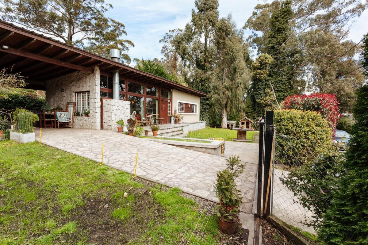 Foto Casa en Venta en  Bosque Peralta Ramos,  Mar Del Plata  Los chañares y Caupolican