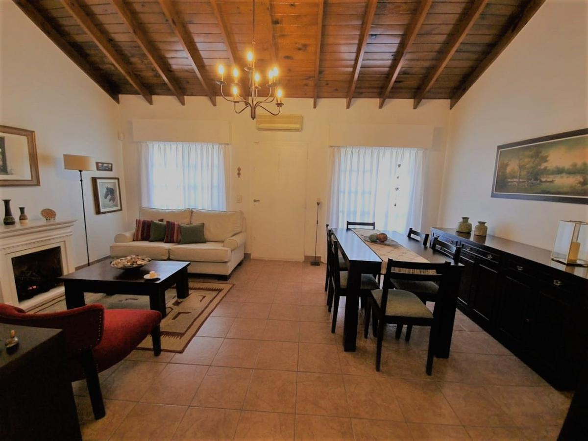 Foto Casa en Venta en  Villa Ariza,  Ituzaingó  Artigas al 400