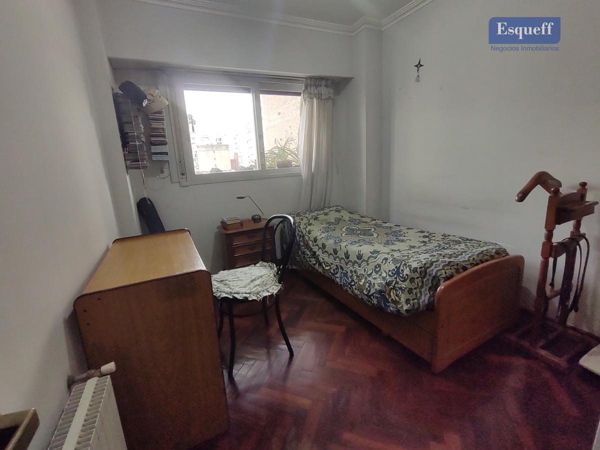 Foto Departamento en Venta en  Rosario ,  Santa Fe  MENDOZA 668 04 A