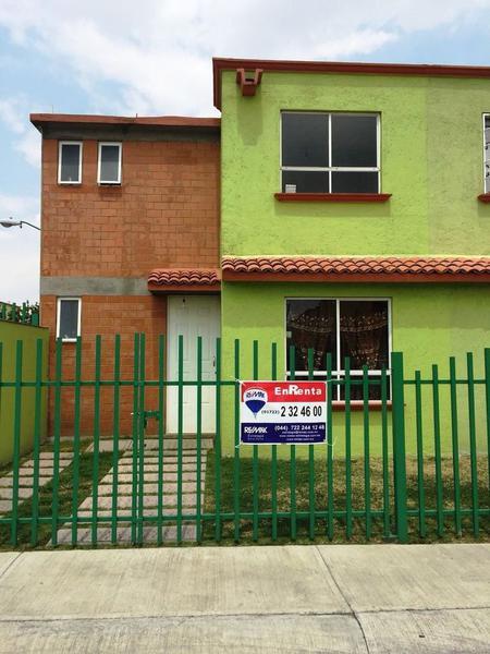 Foto Casa en condominio en Renta en  San Antonio la Isla,  San Antonio la Isla  CASA EN RENTA SAN ANTONIO LA ISLA