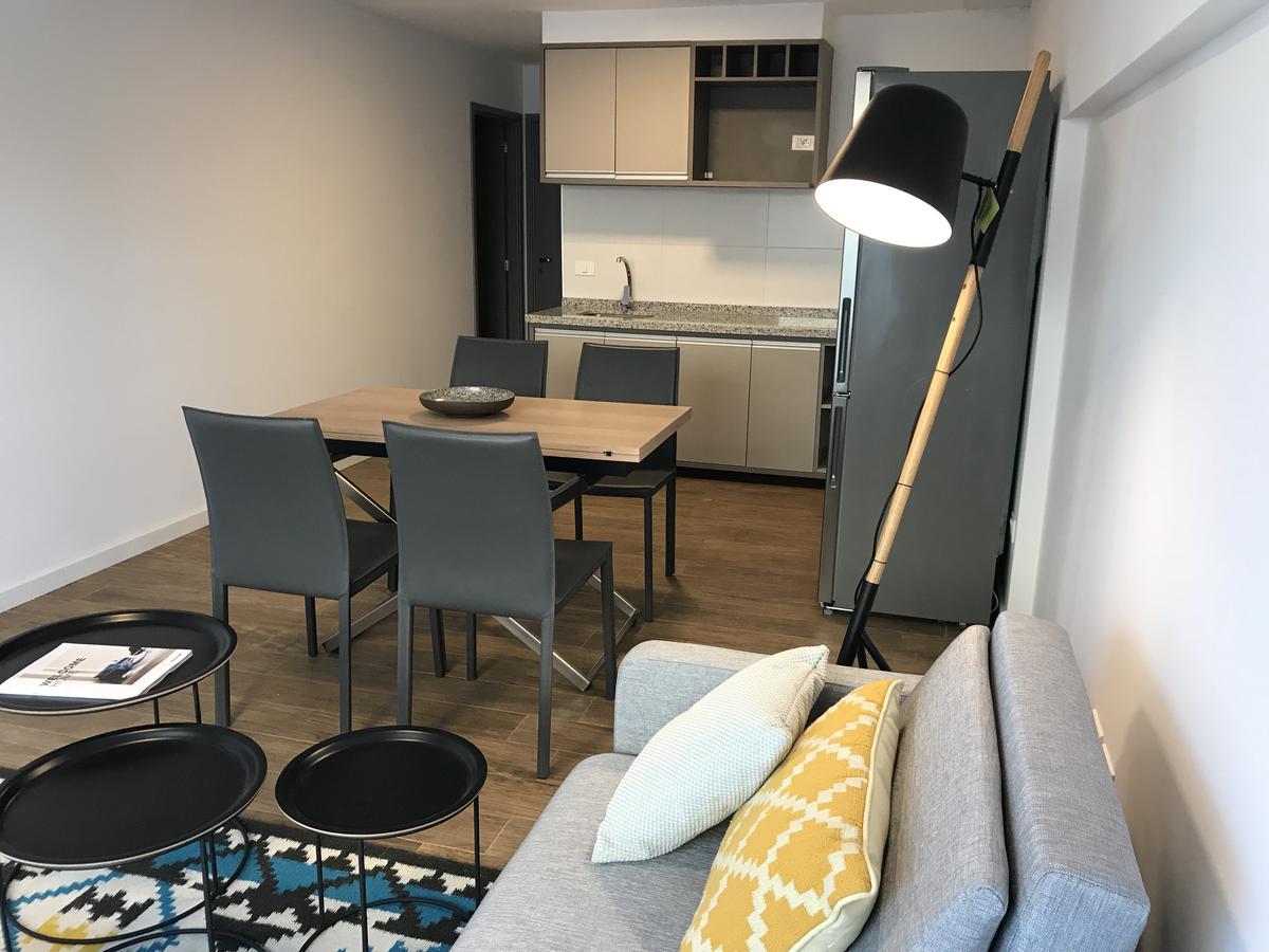 Foto Apartamento en Alquiler temporario en  Punta Carretas ,  Montevideo  Solano García y Miñones
