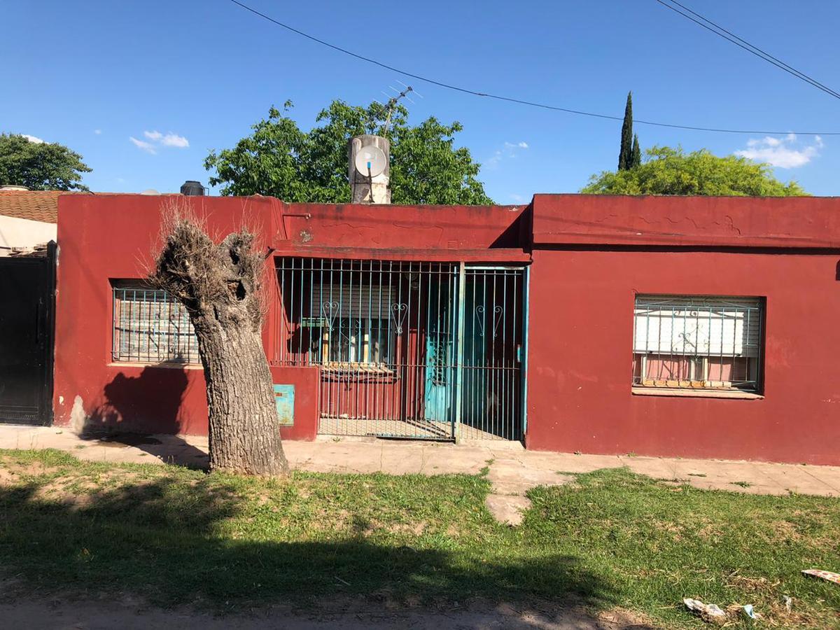 Foto Casa en Venta en  Moreno ,  G.B.A. Zona Oeste  ECUADOR al 6800