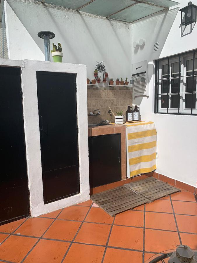 Foto Casa en Venta en  Sarandi,  Avellaneda  Madariaga 869