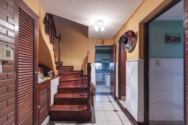 Foto Casa en Venta en  Parque Guillermia,  San Miguel De Tucumán  Crisostomo al 4400