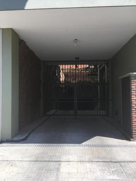 Foto Cochera en Venta en  La Plata ,  G.B.A. Zona Sur  11 esquina 45