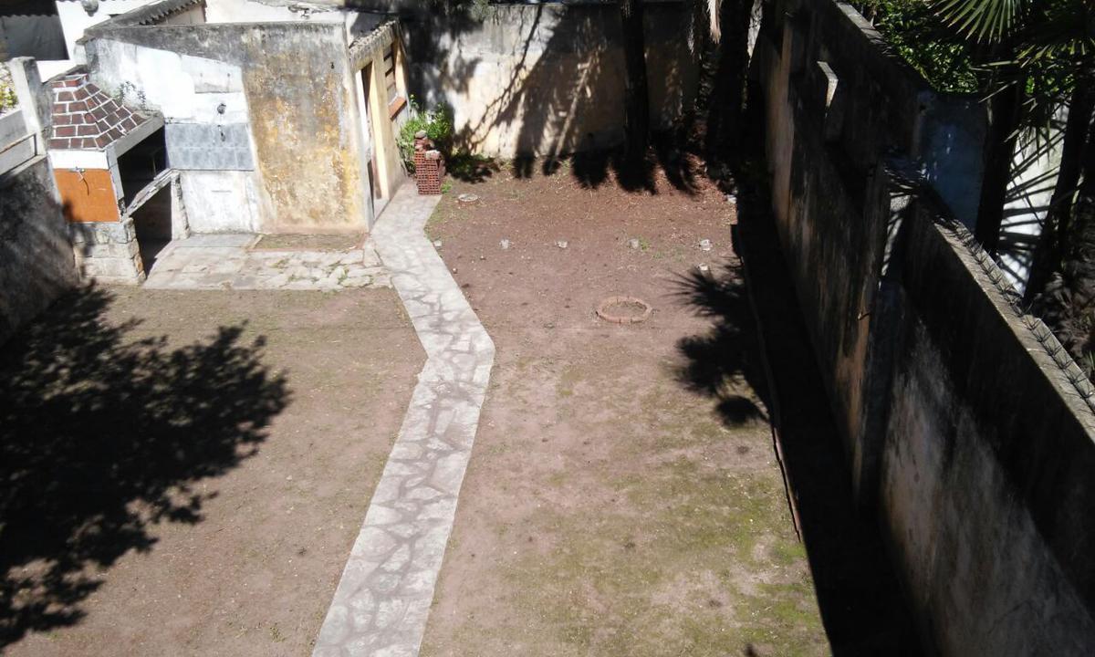 Foto Terreno en Venta en  Ramos Mejia,  La Matanza  Pueyrredon 441