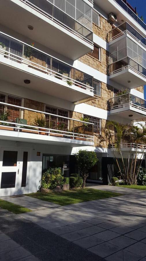 Foto Departamento en Venta en  Villa del Parque ,  Capital Federal  José Pedro Varela al 3300