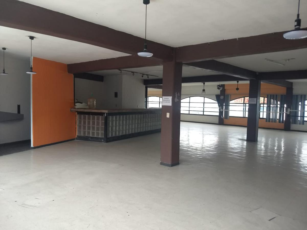 Foto Local en Renta en  Bosques del Valle,  Coacalco de Berriozábal  Via Jose Lopez Portillo No. 11 3er Nivel
