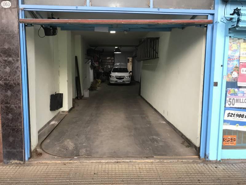 Foto Depósito en Venta en  Pompeya ,  Capital Federal  Avenida Cruz al 1000