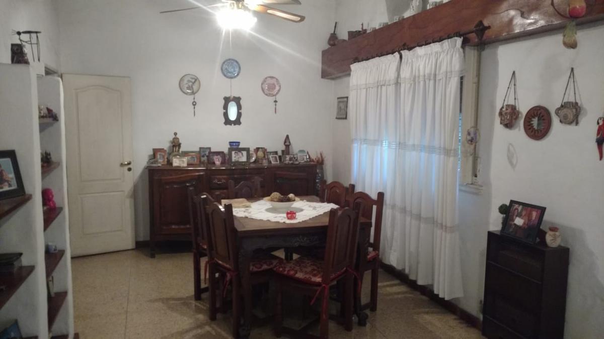 Foto Casa en Venta en  Jose Marmol,  Almirante Brown  ROBINSON 968