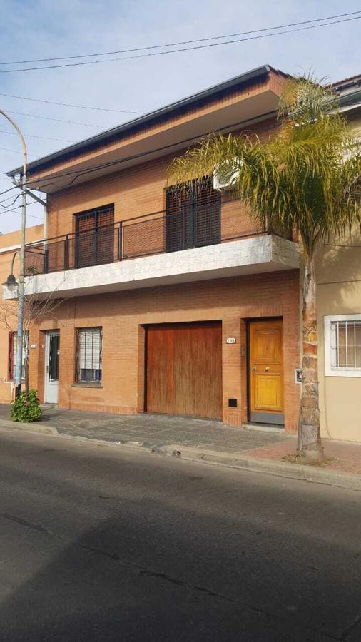 Foto Casa en Alquiler en  Virr.-Estacion,  Virreyes  Pellegrini al 2200