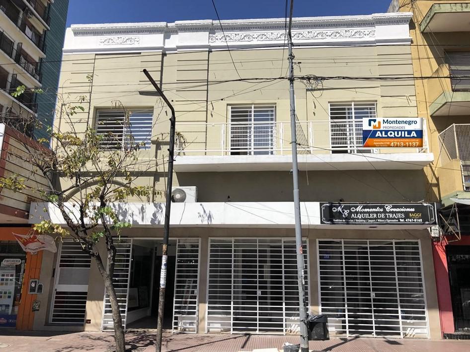 "Foto Departamento en Alquiler en  Villa Ballester,  General San Martin  Independencia Nº 4904, Planta Baja ""Fondo"""
