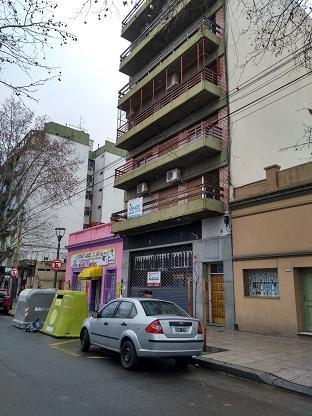 Foto Local en Alquiler en  Liniers ,  Capital Federal  ibarrola al 7000
