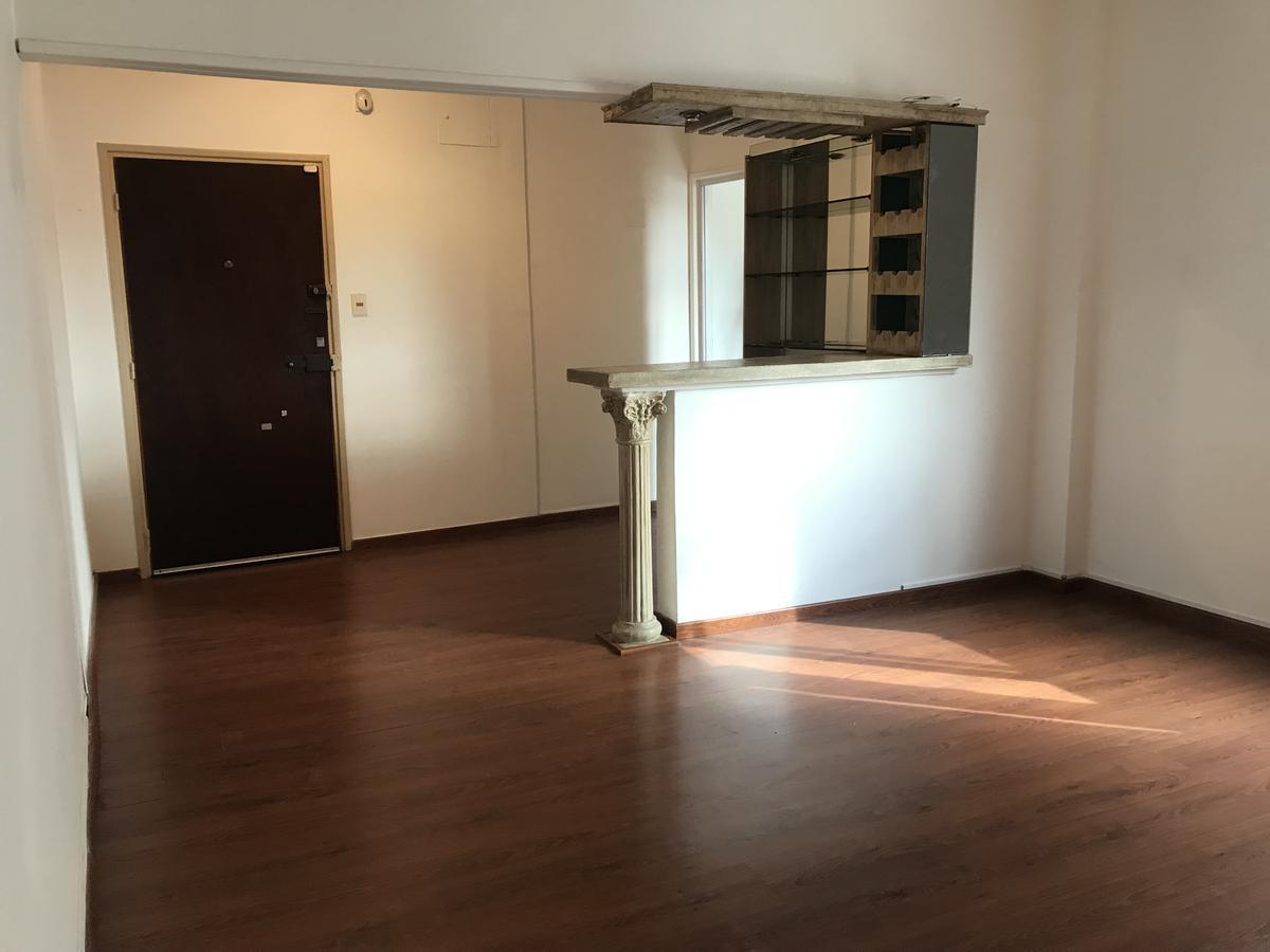 Foto Apartamento en Venta    en  La Blanqueada ,  Montevideo  CON RENTA!! Hospital Evangélico - Cabrera y Propios - 2 dorm