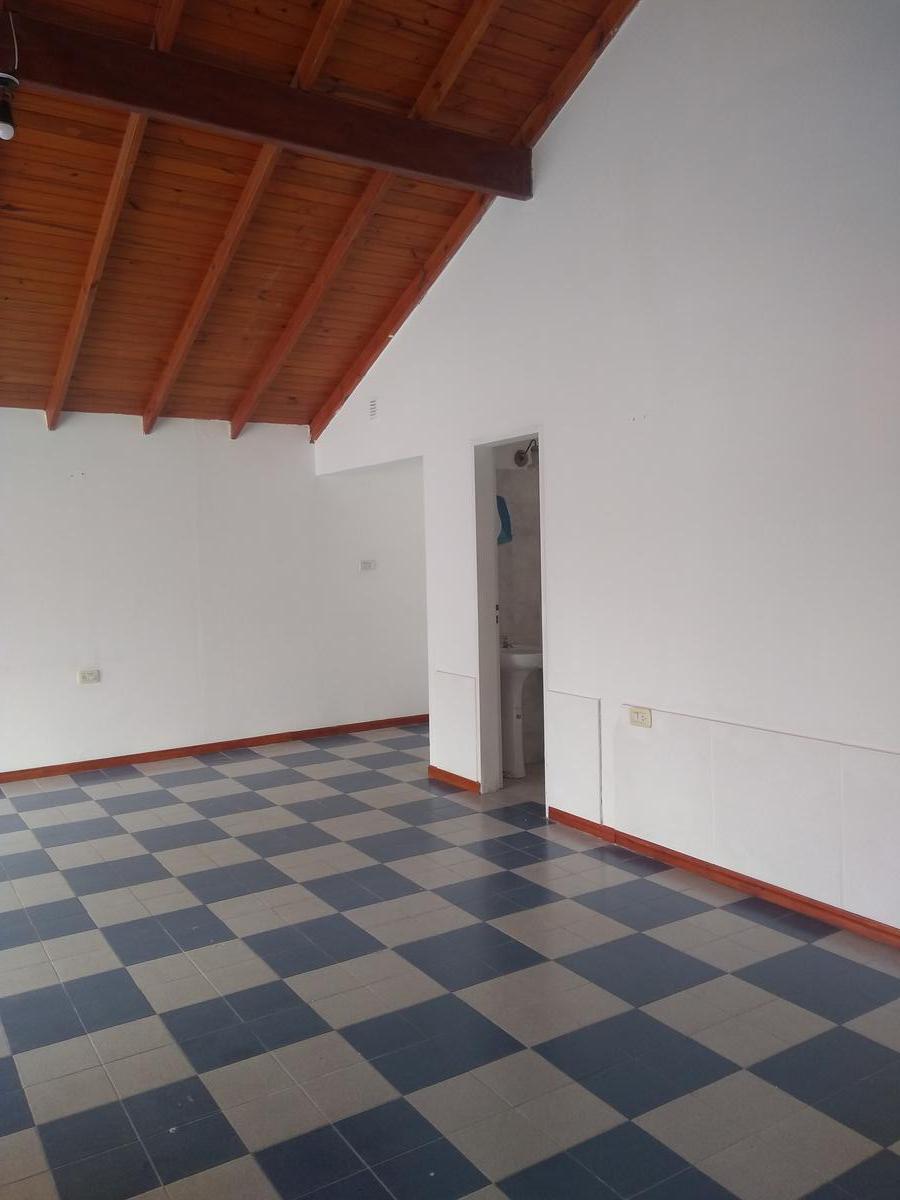 Foto Local en Alquiler en  Merlo,  Junin  ALQUILO LOCAL DE 90 M2 EN AV. LOS ALMENDROS MERLO SAN LUIS