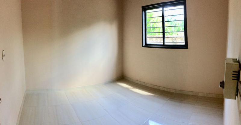 Foto Casa en Venta en  Luque,  Luque  Zona Villa Policial