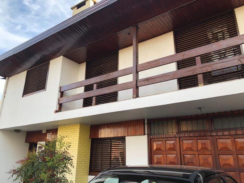 Foto Casa en Venta en  Manuel B Gonnet,  La Plata  15 Entre 509 y 510