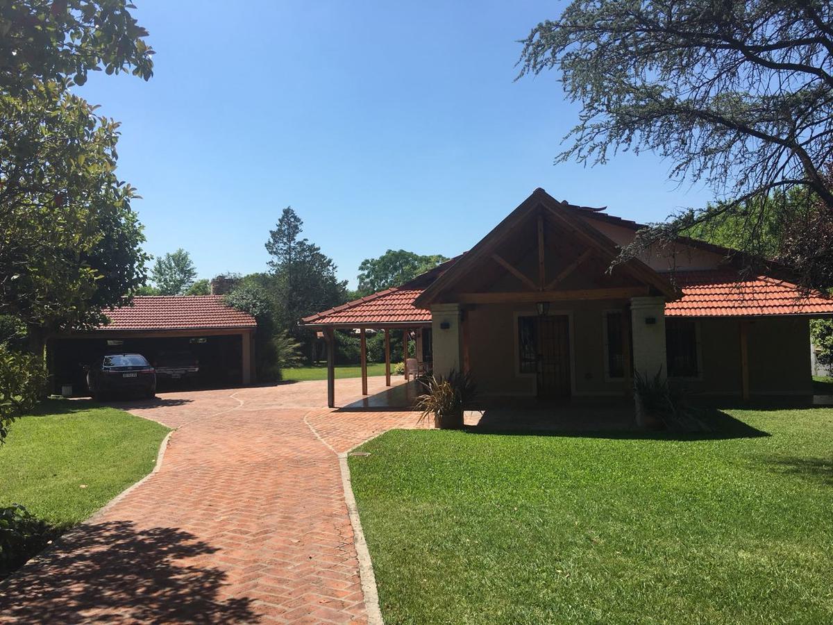 Foto Casa en Venta en  San Vicente ,  G.B.A. Zona Sur  Juan Domingo Perón al 2100