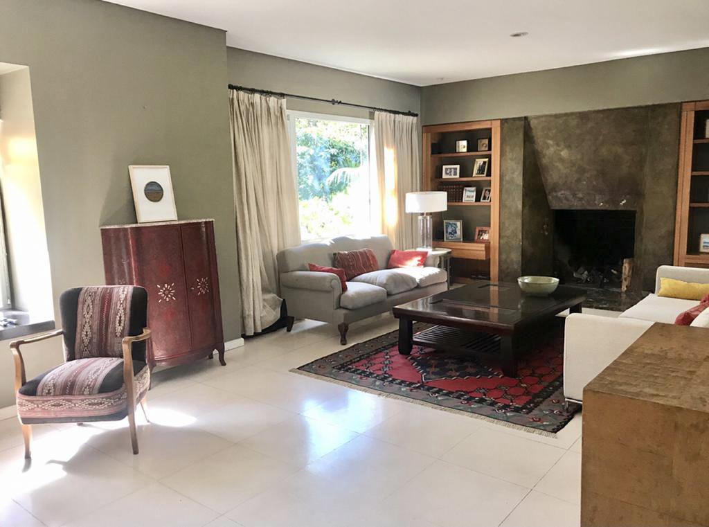 Foto Casa en Alquiler en  Beccar-Vias/Libert.,  Beccar  Bolivar al 300