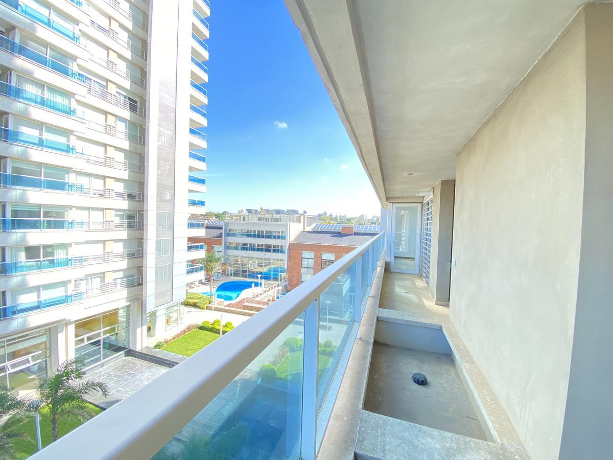 Foto Apartamento en Alquiler en  Buceo ,  Montevideo  rivera