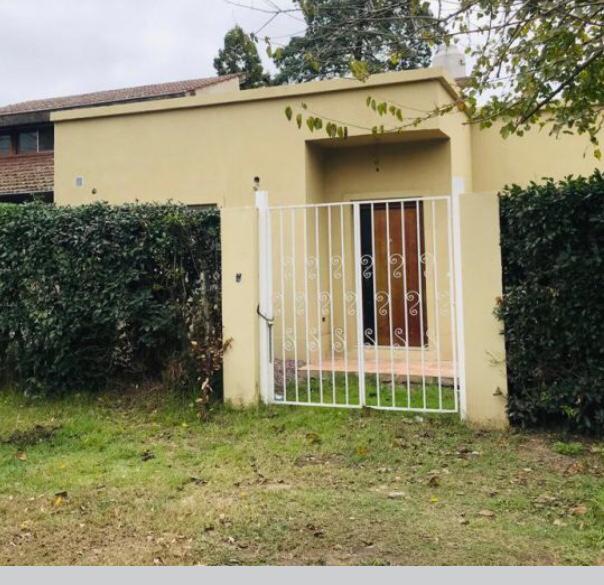 Foto Casa en Venta en  Barrio Parque Leloir,  Ituzaingo  Alsina al 2400