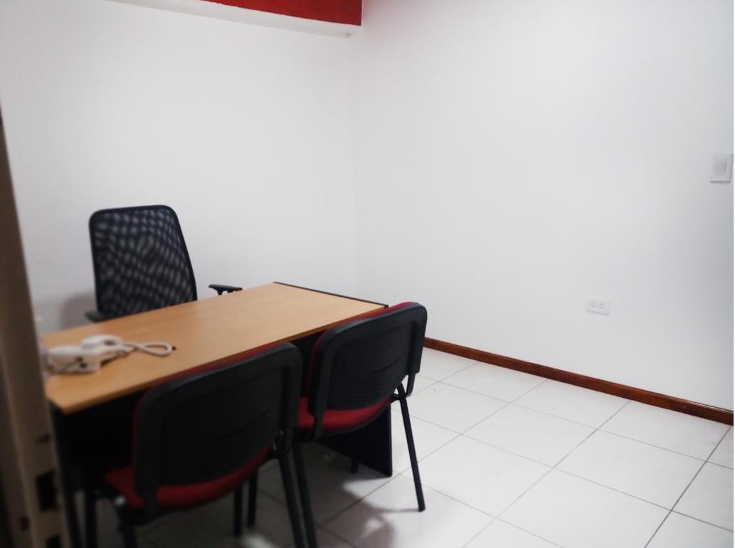 Foto Oficina en Alquiler en  Bahia Blanca ,  Interior Buenos Aires  Las Heras 35