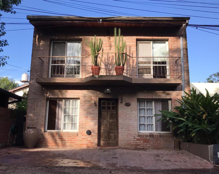 Foto Casa en Venta en  Los Caracoles,  Countries/B.Cerrado  los Andes 601, Barrio los Caracoles.