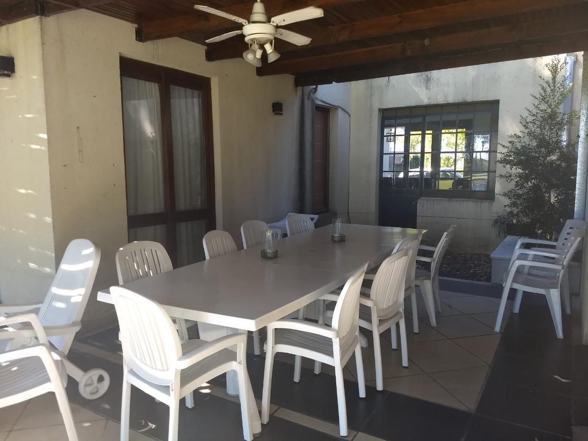 Foto Casa en Venta en  El Encuentro,  Countries/B.Cerrado (Tigre)  Venta casa estilo campo 5 amb. CON RENTA Bº El Encuentro - Tigre