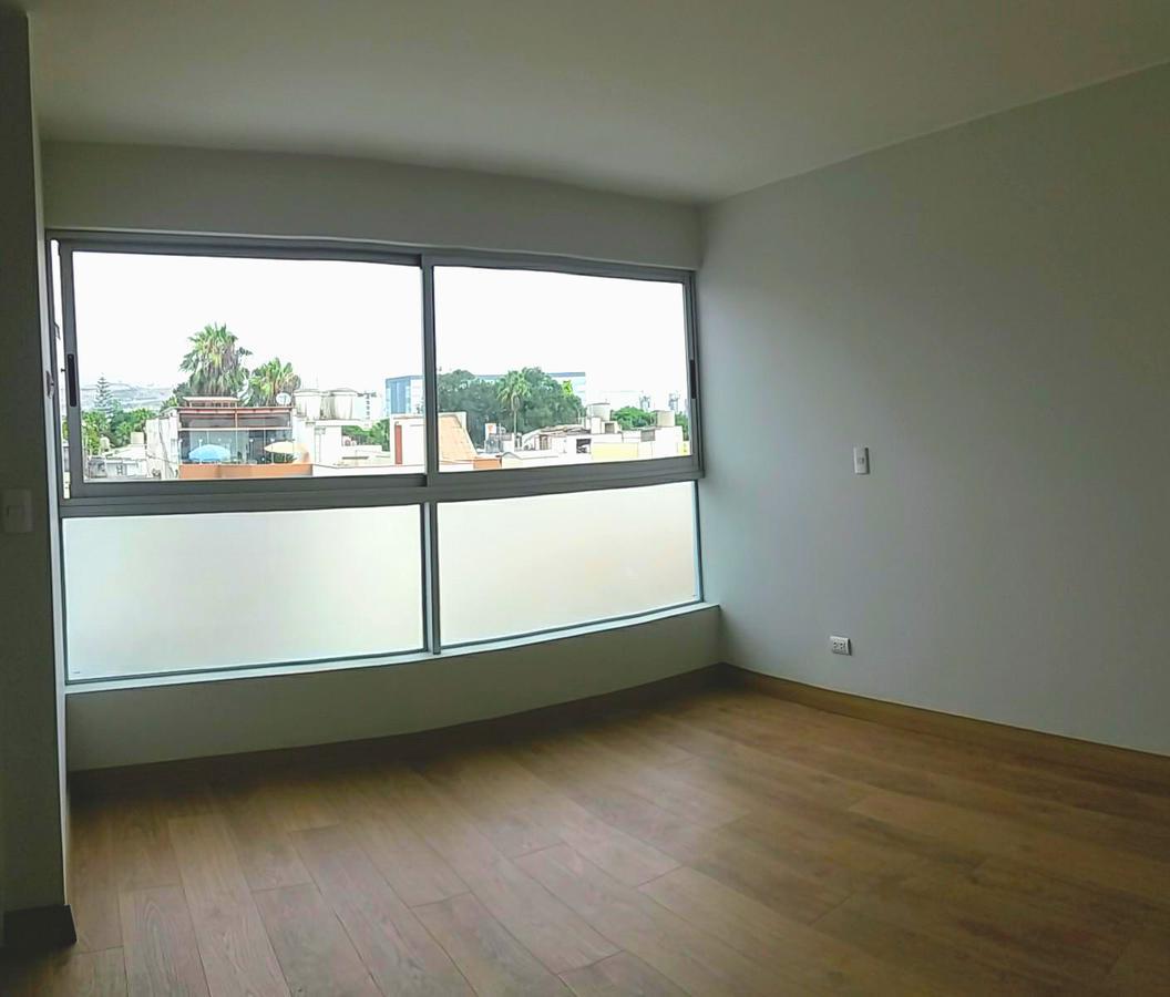 Foto Departamento en Venta en  Santiago de Surco,  Lima  Alameda del Rocío