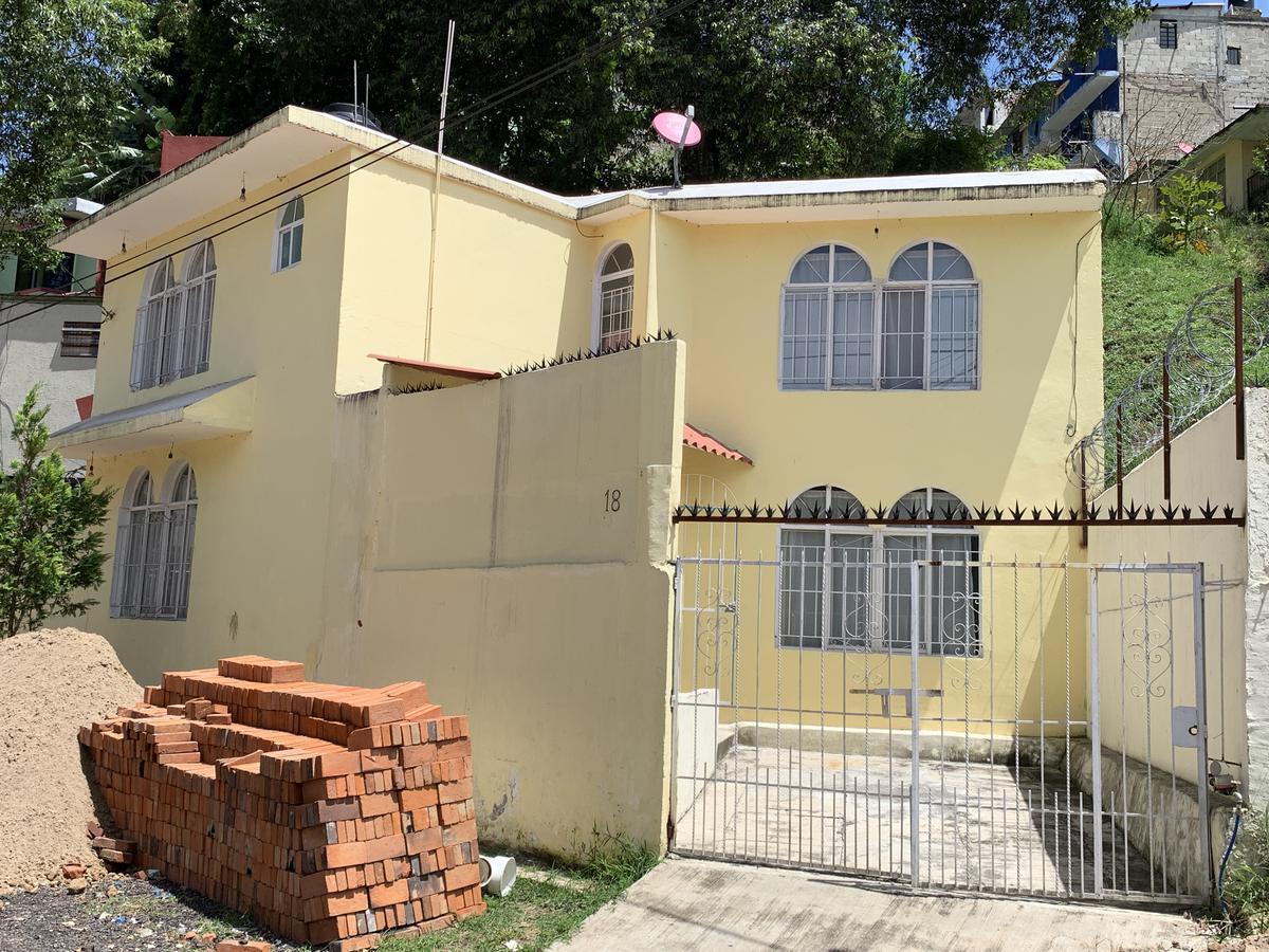 Foto Casa en Venta en  Libertad,  Xalapa  Casa en venta en Xalapa Colonia Libertad, muy cerca del Velodromo y CTO Presidentes