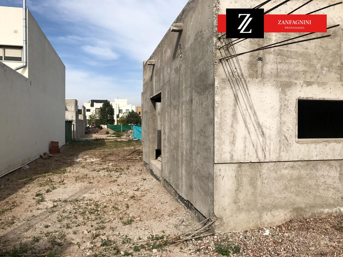 Foto Casa en Venta en  Guaymallén,  Guaymallen  Guaymallén